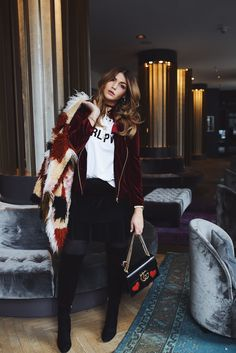 Schau dir unsere schönen Gucci-Taschen an und sei so trendy unterwegs wie die liebe Farina von Novalanalove: http://www.fashionette.de/gucci