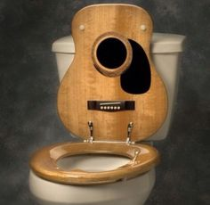 Everywhere I look I see a Guitar. ( Guitar Toilet Seat Cover by Jammin Johns ) Wood Worker, Music Decor, Wood Plans, Woodworking Tips, Wood Turning, Decoration, Design Inspiration, Fancy, Cool Stuff