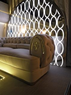 VisionnAIRe Taylor Jet   Visionnaire Home Philosophy