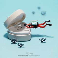 """7.10 mon """"I will never let you go."""" For the past 7 years Tatsuya Tanaka has been creating miniature dioramas out of everyday objects. Now, some of Tanaka's most iconic creations are being compiled into a book featuring more than 100 of his works. Small Wonders -Life Portrait in Miniature- is out August 15, 2017 and can be pre-ordered on Amazon. It's already available at the Miniature Life Exhibition in Taipei, Taiwan. http://miniature-calendar.com   https://www.instagram.com/tanaka_tatsuya"""