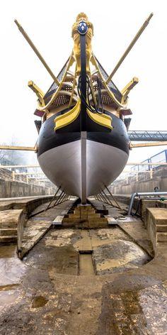 La frégate l'Hermione sera mise à flot après 15 ans de chantier à Rochefort - Photo Philip Plisson