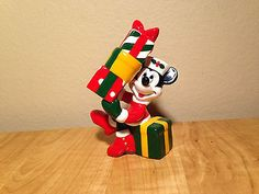 Disney Mickey & Xmas Gifts Salt and Pepper Shakers
