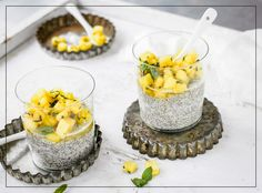 Try Pineapple & chia pudding by FOOBY now. Or discover other delicious recipes from our category Vegan. Jello Desserts, Dessert Salads, Chia Pudding, Candied Pineapple, Good Food, Yummy Food, Delicious Recipes, Snacks Sains, Brunch