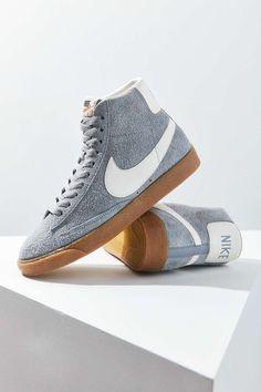 Nike Blazer Mid Vintage Suede Sneaker