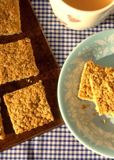 I'd Much Rather Bake Than...: Fiery Ginger Flapjack