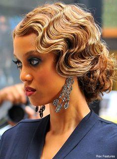 American Hairstyles, Retro Hairstyles, Wedding Hairstyles, Old Hollywood Hairstyles, Gatsby Hairstyles, Estilo Gatsby, Medium Hair Styles, Curly Hair Styles, Finger Wave Hair