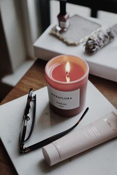 Home Interior Warm Overose Ultraflora Candle Jasmine; Home Interior, Kitchen Interior, Scented Candles, Candle Jars, Luxury Candles, Night Routine, Beautiful Candles, Jasmin, Cream Roses