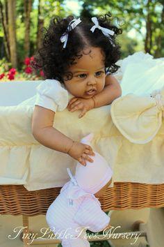 Toy dolls holds, many methods from classic wood-based houses to really Barbie Dreamhouses. Reborn Baby Girl, Bb Reborn, Reborn Toddler Dolls, Newborn Baby Dolls, Child Doll, Reborn Dolls, Reborn Babies Black, Ooak Dolls, Barbie Dolls