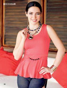 16 Ariadne Diaz, Caucasian Race, Moda Club, Crush Pics, Boutique Tops, Woman Crush, Net Worth, Pageant, Latina