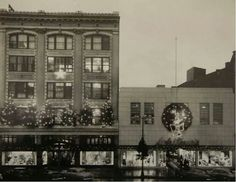"""Witner""""s department store downtown Redding circa 1940 or 50 Berks County Pa, Reading Pennsylvania, Reading Pa, Department Store, Historical Photos, Multi Story Building, The Past, City, Pictures"""