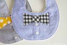こちらはカッコいい蝶ネクタイアップリケのビブ。表地には要らなくなった古いシャツをリメイクしていて、ボタンをそのまま活かしたデザインになっています。こちらの型紙はちょっと卵型の円い形です。男の子にも女の子にも使って欲しいおしゃれなよだれかけですね。