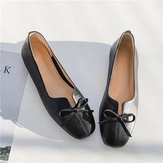 Soft Shoes Comfortable Leather Women's Casual Shoes Leisure Flats – Touchy Style Black Shoe Boots, Black Shoes Sneakers, Black Casual Shoes, Women's Casual, Comfortable Ballet Flats, Leather Slip Ons, Bag, Style, Purse