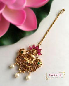 Discount Jewelry aarvee jewellery - Go, shop now! Jewelry Design Earrings, Gold Earrings Designs, Gold Designs, Jewellery Designs, Gold Temple Jewellery, Gold Jewelry, India Jewelry, Gold Bangles, Women's Jewelry