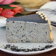 BLACK SESAME CREPE CAKE Sweets Recipes, Cake Recipes, Cooking Recipes, Crepe Cake, Mille Crepe, Black Sesame, Asian Desserts, Piece Of Cakes, Cravings