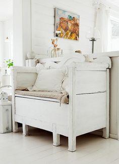 New Home Interior Design: Summer House in Sweden Furniture, Interior, Home, Home Furniture, White Decor, White Rooms, Home Interior Design, Interior Design, Sweden House