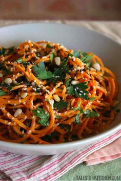 Carrot Noodles With Zesty Garlic Sauce