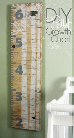 Kit's Crafts - DIY Pallet Growth Chart