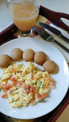 Huevos Revueltos + Galleticas Integrales