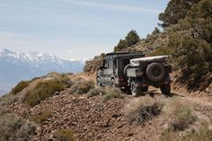 G500 with AT-Trailer above the Owens Valley, CA