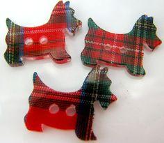 ButtonartMuseum.com - Vintage Lucite Tartan Scotty Dog Buttons