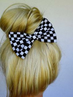 Checkers Hair Bow Clip Black Bow White Bow Girls Alice In Wonderland Halloween Costume Teen Alice Adult Halloween Costume Alice Bow Teens by MyPrettyHairBow on #zibbet