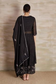 Check out our Black Embroidered Chanderi Anarkali Set by BARAHMASI BY PRASHANT AND SAWRABH available at Ogaan Online store at special price. Barahmasi's simple kurta sets in soft chanderi & nakshi surface embroidery speak of refined elegance Dress Indian Style, Indian Dresses, Indian Outfits, Indian Attire, Indian Wear, Stylish Dresses, Fashion Dresses, Indian Wedding Gowns, Indian Designer Suits