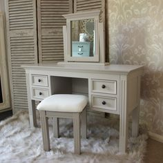 Daventry range - Grey Dressing table stool and mirror NEW to Melody Maison, simply beautiful in my opinion! See more at www.melodymaison.co.uk