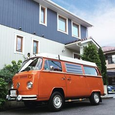 Liked on InstaGram: - ☀️Too hot and humid !!  Can't go for a drive by BUS in this season...  蒸し暑いの苦手なので、この連休はキャンプに行ってる人達の投稿を眺めながら家で過ごしました...  - #VolksWagen #VW #OldVW #AircooledVW #VWbulli #Type2  #BUS #LateBus #Baywindow #WESTFALIA #VWwesty #VWCamper #CampMobile #Camper #1974 #Orange #VWバス #ワーゲンバス #タイプ2 #ウエストファリア #ウエスティー #キャンピングカー #キャンパー #レイトバス #オレンジ #ゴキゲンワーゲン #SwedenHouse #スウェーデンハウス