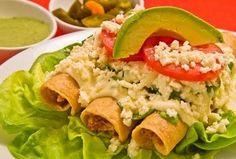 Una deliciosa receta tradicional mexicana. Perfecta en días en los que en tu alacena hay pocas cosas. Es muy económica y fácil de realizar. Perfecta para empezar una alimentación libre de carne roja.