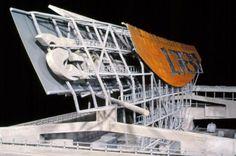 101 Pedestrian Bridge - Model | Morphopedia | Morphosis Architects