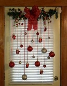 Related posts: Awesome Rustic Christmas Decorating Ideas on a Budget 11 30 Beautiful Christmas Decorating Ideas on A Budget 70 Beautiful White Christmas Decor Ideas On A Budget 20 Christmas Home Decor Ideas for Your Beautiful Home 4 Christmas 2019, Christmas Holidays, Christmas Wreaths, Christmas Dishes, Christmas Budget, Christmas Events, Green Christmas, Christmas Island, Outdoor Christmas
