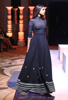 Shantanu & Nikhil take over Vogue Atelier Xhosa Attire, Indian Attire, Indian Outfits, African Attire, Indian Designer Outfits, Designer Dresses, Kalamkari Dresses, Dress Indian Style, Indian Party Wear