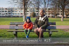 """Uit de reeks """"Op een bankje in Utrecht"""" van fotograaf Desiree Meulemans"""