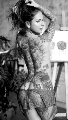 Hot Tattoos, Body Art Tattoos, Girl Tattoos, Tattoos For Women, Tattooed Women, Tatoos, Tattoo Art, Tattoed Girls, Inked Girls