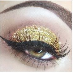 Lemonade Gold Dust Glitter Eyes ($6.54) ❤ liked on Polyvore featuring beauty products, makeup and eye makeup