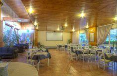 Sala ristorante interna, Centro Ippico Chirone, Via Chirone, Palermo. Tour virtuale: https://maps.google.it/maps?q=centro+ippico+chirone&ll=38.190991,13.311503&spn=0.008921,0.021136&sll=38.190774,13.311268&layer=c&cid=7360408156767878758&panoid=04W-2beOiZ8AAAQfCQtGgw&cbp=13,184.18,,0,-0.88&gl=it&t=h&cbll=38.190996,13.311574&z=16