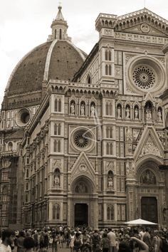 Duomo Cathedral Catholic Church - would love to go there! Such beautiful architecture