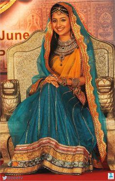 Pretty as a picture - Paridhi Sharma as Jodha in Zee TV's Jodha Akbar