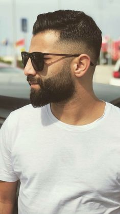 Barber Shop Haircuts, Awesome Beards, Beard No Mustache, Beard Care, Fade Haircut, Beard Styles, Bearded Men, Hair Cuts, Mens Sunglasses