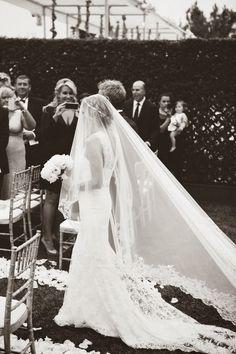 Black and white wedding photos. Wedding Veils, Our Wedding, Dream Wedding, Wedding Dresses, Wedding Decor, Wedding Styles, Wedding Photos, My Sun And Stars, Monique Lhuillier