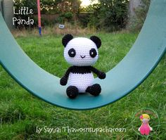 In the kitchen I have a set to make little Sushi pandas from seaweed and rice. They inspired me to make this little Panda.   Download the f...