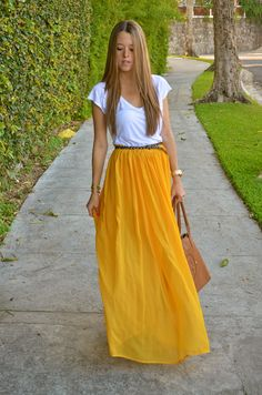 Love this canary yellow maxi skirt. Perfect for Spring.