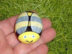 painted rocks | ... BEE, Sue Bee, honey bee, painted rock, whimsical garden decor, OOAK