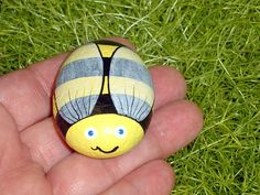 painted rocks | ... BEE, Sue Bee, honey bee, painted rock, whimsical garden decor, OOAK