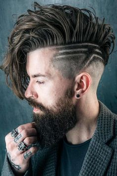 "Learn to match male hairstyles to different types of face shapes, diamond, oblong, oval or square, in our guide. First, you will answer ""What is my face shape?"" question and then choose the perfect hairstyle for it. #menshairxuts #menshairstyles #haircutforfaceshapemen #faceshapesmen"