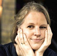 Frauen ab 40: Das Montagsinterview mit Isabel Bogdan.   Texterella