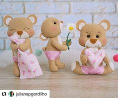 """24 curtidas, 1 comentários - INSTAFELT (@instafelt) no Instagram: """"#Repost @julianapgordilho Só fofura ・・・ Minhas bebês juntinhas Os moldes estão a venda.…"""""""