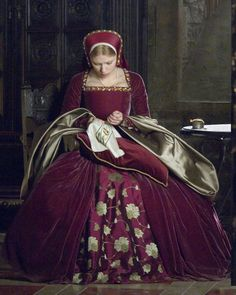 The Other Boleyn Girl. Nothing better than a good story of betrayal amongst sisters.