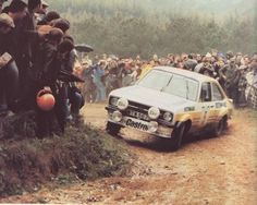 Ari Vatanen / Peter Bryant, Ford Escort RS the Portugal Rally, . Road Race Car, Off Road Racing, Classic Race Cars, Ford Classic Cars, Pajero Off Road, Ford Rs, Crazy Fans, Ford Escort, Portugal