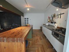 「1台3役をこなす造作カウンター」 - しままさんのダイニングの調理台・カウンター(1/2) - イエナカ手帖